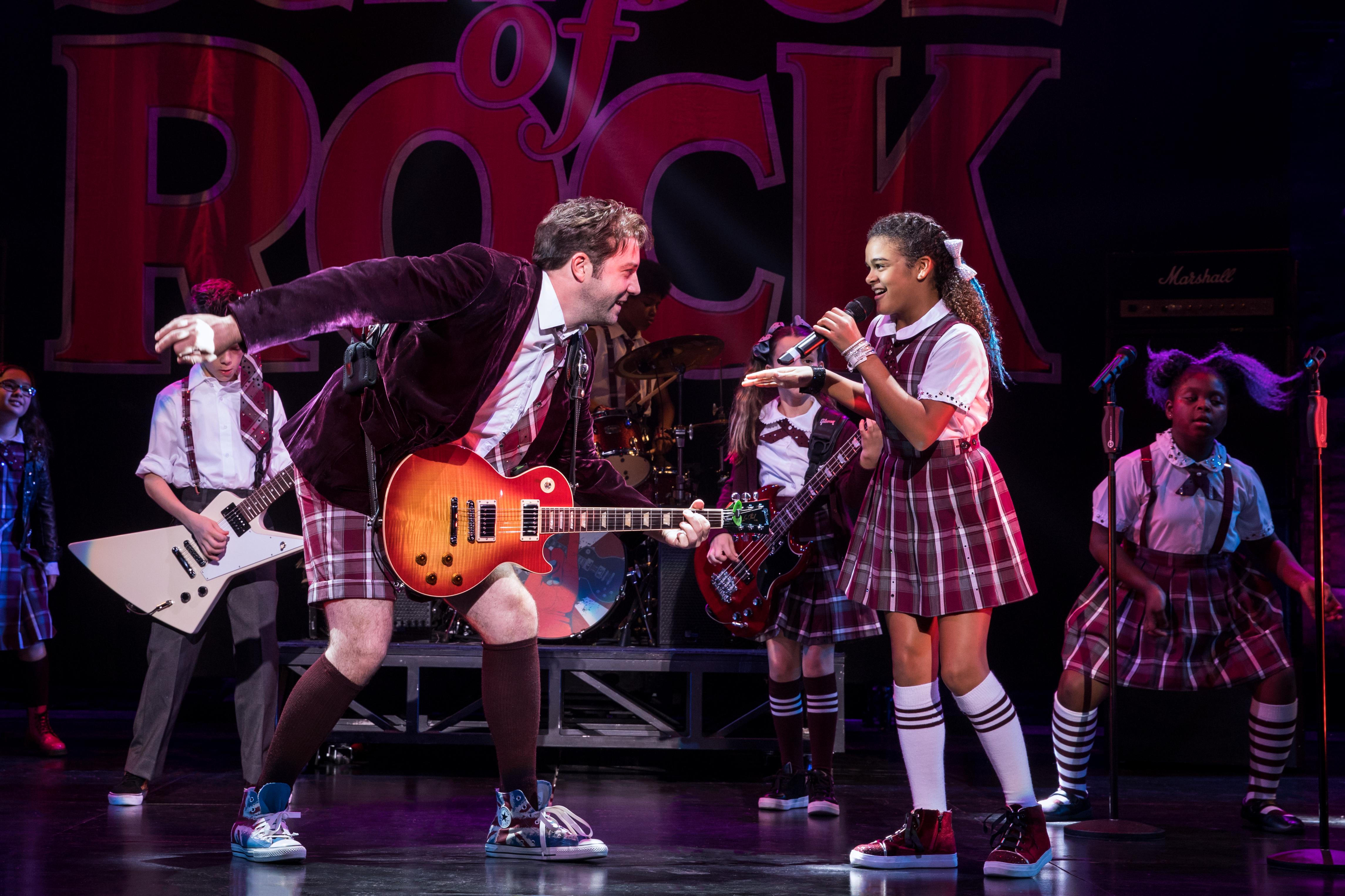 Merritt David Janes as Dewey Alternate and the cast of the School of Rock Tour. (2)© Matthew Murphy