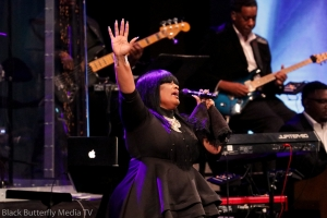 Michelle La'Vette Prather at 95.7 Hallelujah FM Worship Christmas 2017.#957Christmas — at Hope Church.