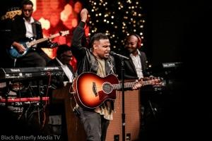 Todd Dulaney at 95.7 Hallelujah FM Worship Christmas